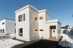 開放的なリビングの家